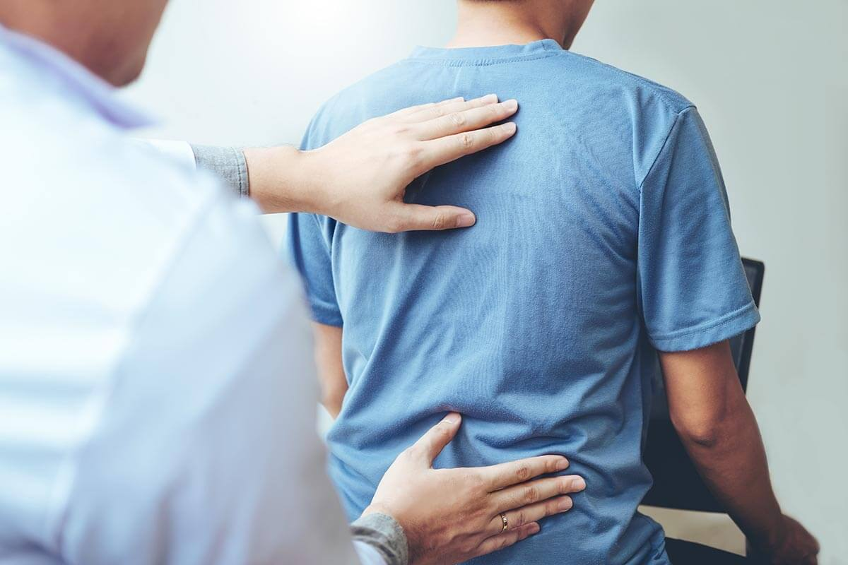 Chiropractic adjustment by a chiropractor San Diego